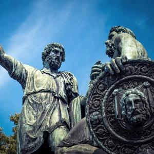 Памятник Минину и Пожарскому / Архитектурная фотосъемка