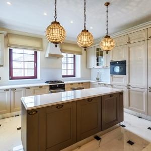 Кухня в загородном доме / Интерьерная фотосъемка