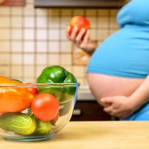 Здоровая беременность / Рекламная фотосъемка