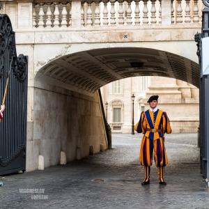 Въезд в Ватикан / Тревел-фотография