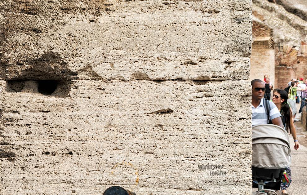 Фотография стены Колизея