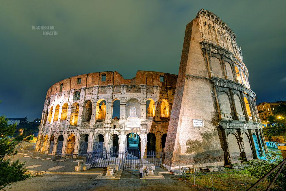 Фотография ночного Колизея