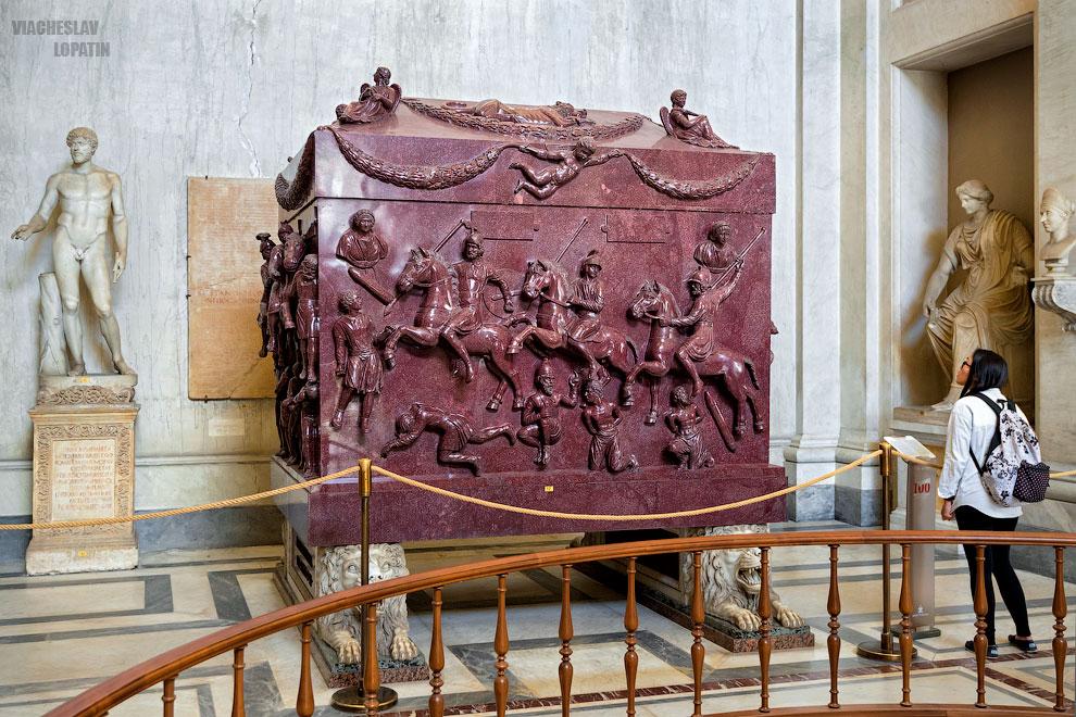 Саркофаг Елены в Ватикане