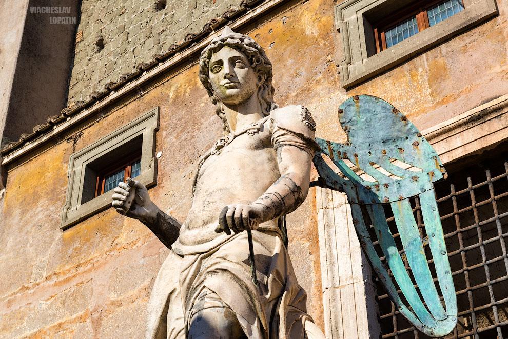 Статуя ангела, замок Святого Ангела