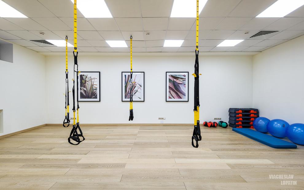 Интерьер студии фитнеса: зал