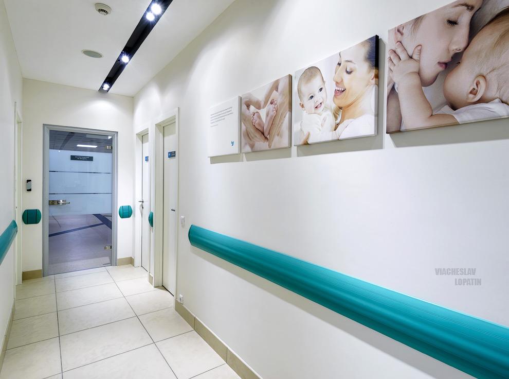 Интерьер клиники, коридор