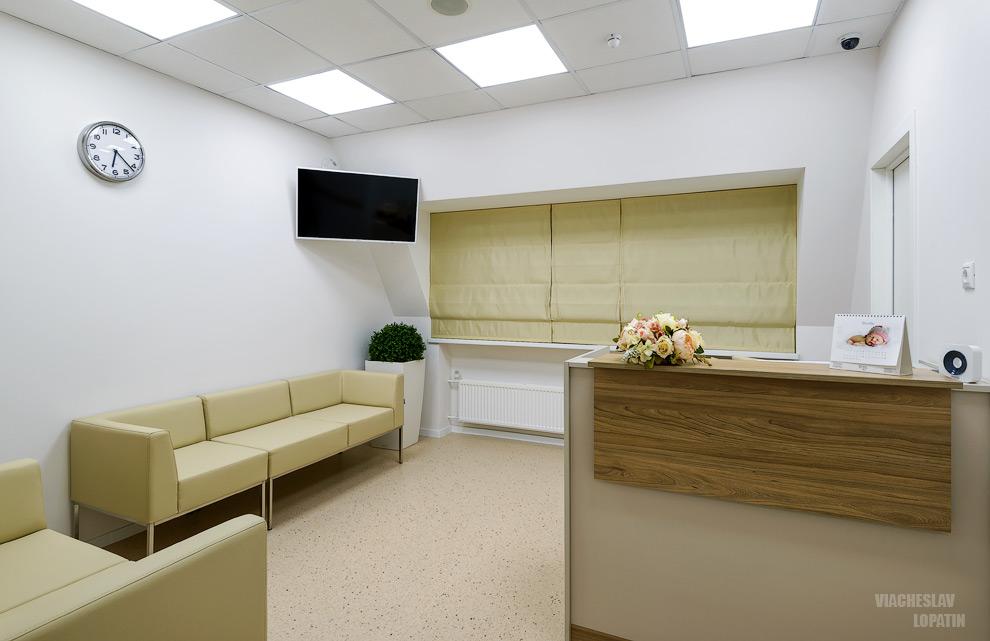 Интерьер клиники, холл