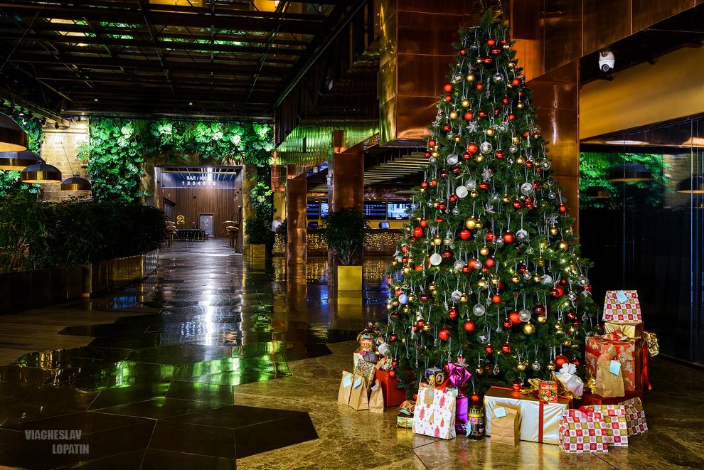Новогодняя елка в кинотеатре