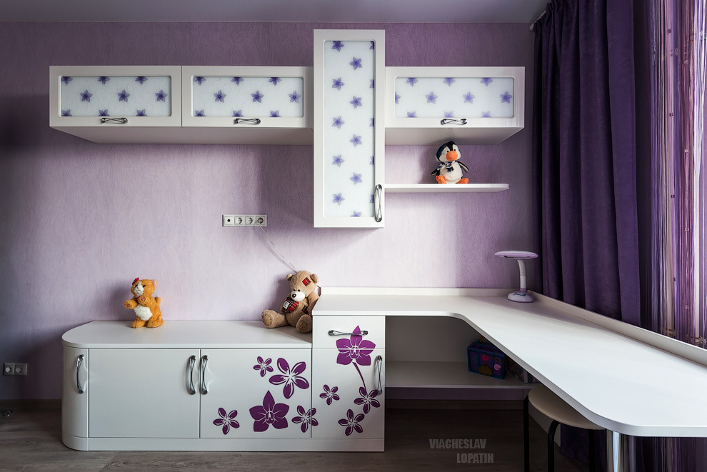 Интерьерная съемка: детская мебель, стол