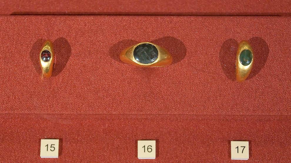 Золотые изделия из Помпей